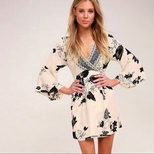 Billabong Divine Cream Floral Print Wrap Dress
